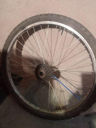 Rueda mountain bike 26x 1.95 con llanta