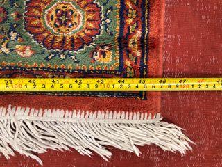 Alfombra persa con muy poco uso