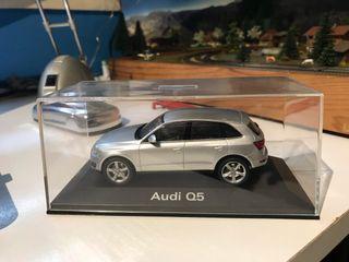 Maqueta Audi Q5 escala 1:43