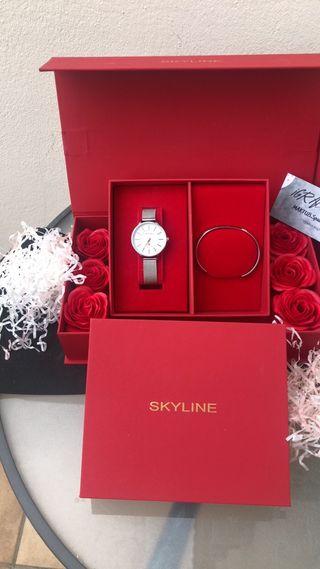 Reloj de mujer caja roja