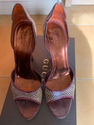 Zapatos Gucci N39