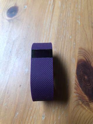 Pulsera de actividad Fitbit Charge HR violeta