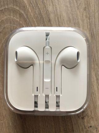 SIN ABRIR!! Auriculares de Apple nuevos