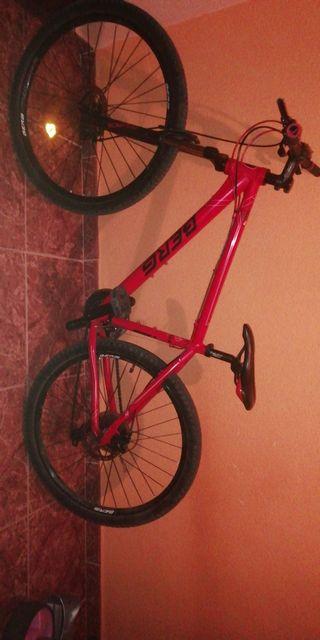 Bici de montaña BERG