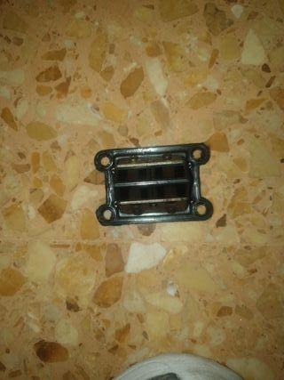 Caja laminas gilera r twin 50cc