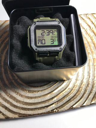 Reloj Nixon Regulus