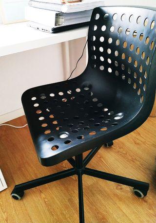 Silla escritorio elevable con ruedas