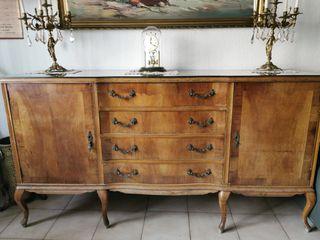 mueble bufet antiguo