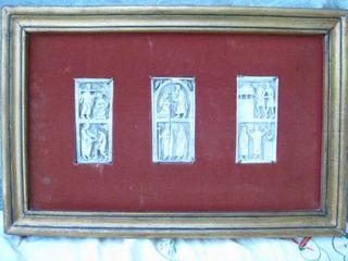 cuadro antiguo con 3 lozas ornamentadas