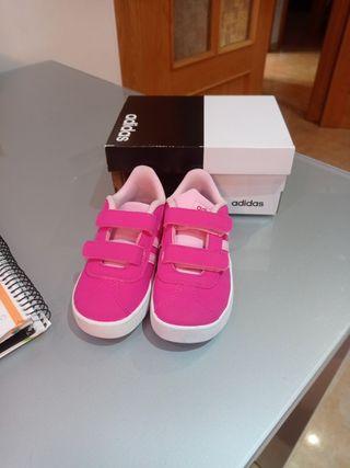 Zapatillas de niña número 25 Adidas