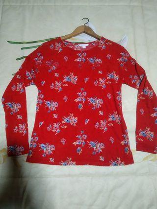 jersey fino rojo floreado