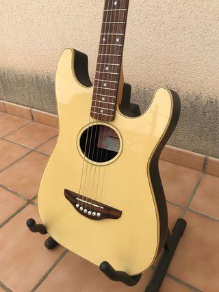 Guitarra Fender stratacoustic
