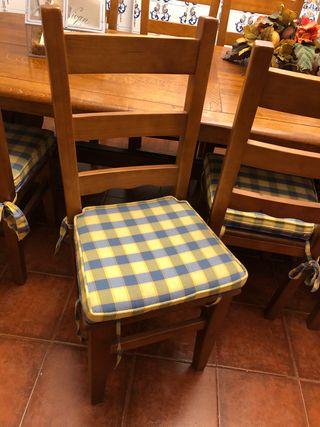 8 sillas macizas para Txoko.