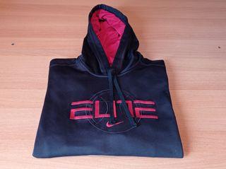 Sudadera negra marca Nike talla XL