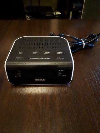 Radio despertador Daewo International DCR-46