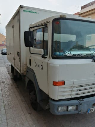 CAMION NISSAN 3.500