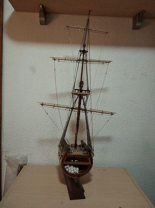 Maqueta de barco palo mayor
