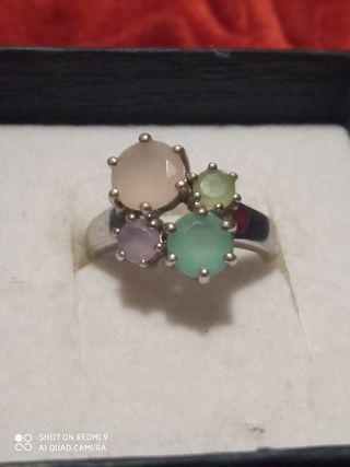 anillo plata y piedras naturales