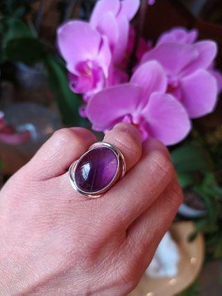Anillo Fluorita violeta plata 925 piedra mineral.