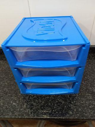 Cajones contenedores de plástico apilables