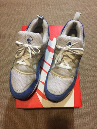 Nike Huarache Light