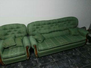sofá y dos sillones