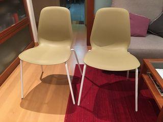 Dos sillas nuevas