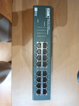 switch smc ez1016dt. 16 puertos