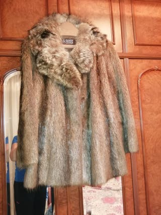 Abrigo de piel de visón. (Auténtico)
