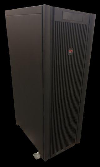 Smart-UPS VT de APC 10 kVA 400 V con 3 módulos