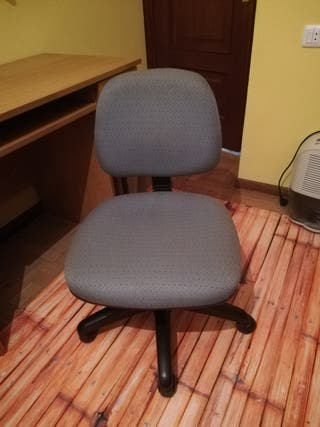 Silla escritorio giratoria con ruedas