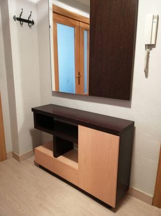 Mueble recibidor entrada y espejo