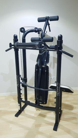 maquina de musculación, maquina de pesas.