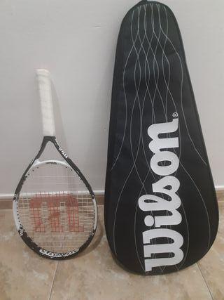 Raqueta tenis Wilson con funda