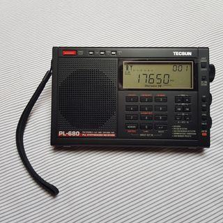 Radio Tecsun PL-680