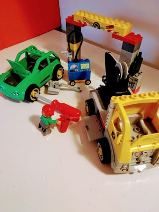 Lego Duplo - Garaje con coches