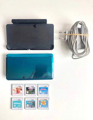 Nintendo 3Ds azul con juegos, cargador y base