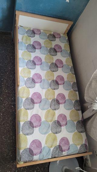 cama con colchon para niños