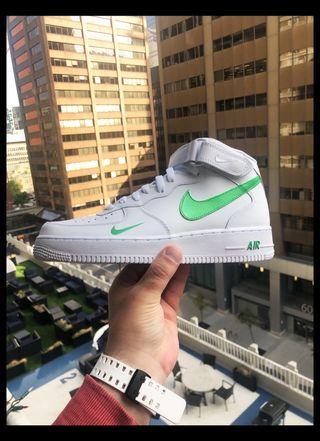 Custom AF1 pearlescent green