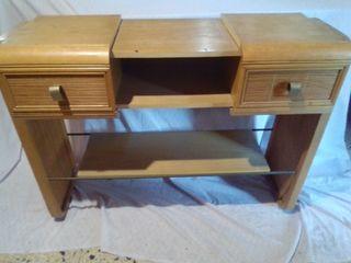 mueble auxiliar de madera de haya y mimbre