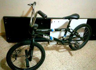 Bicicleta BMX Monty (PRECIO NEGOCIABLE)