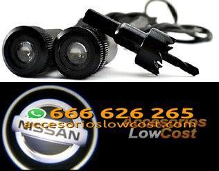 BT000304 - KIT DE DOS PROYECTORES LED LOGO NISSAN PARA PUERTAS DEL COCHE.