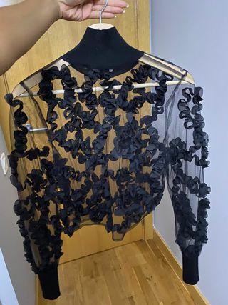 Top negro con transparencia Zara