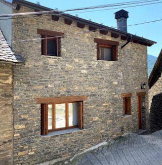 EN VENTA - Pirineos apartamento turístico.