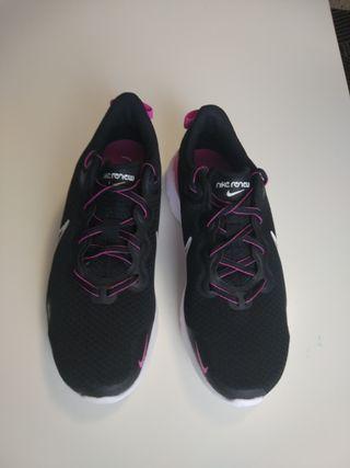 Nike Performance RENEW RUN - Zapatillas de running