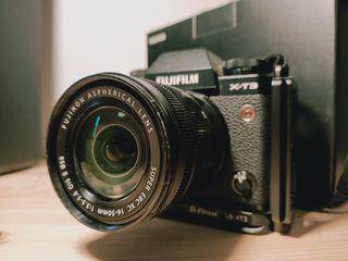 Fujifilm XT3 con objetivo y accesorios
