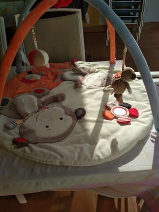 juguetes,colchón de bebé, todo