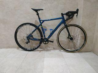 bicicleta GT grade