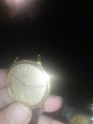 reloj suizo