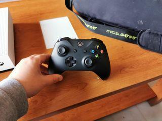 mando Xbox one negro